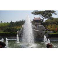 山西临汾大宁县喷泉景观建造 工地雾化降温除尘设备 节水灌溉设备 中心直上红宝石喷头