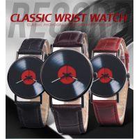 速卖通WISH热卖 红色唱片仿水皮带手表男表女表学生儿童皮带手表