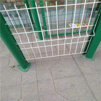 厂家直销 q235双边丝围栏网 养殖场围栏网 鸡场防护网 圈地护栏