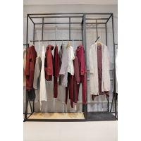 莫兹品牌折扣女装货源哪里找 杭州品牌折扣女装加盟尾货黑色外套