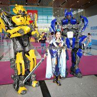 新型游乐场设备 穿戴式机器人 机器人变身衣 新奇儿童玩具