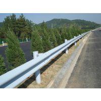 广东中央分隔带围栏波纹状钢护栏板W热镀锌钢防护栏波纹板防撞栏安全耐腐蚀