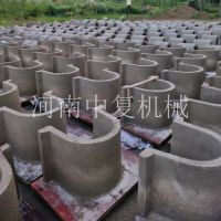 梯形预制水渠标准件模具 内蒙移动免垫铁造水渠砖头机械设备