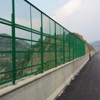 护栏网批发高速小区双边丝护栏网  铁丝网围栏多少钱一米