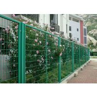 东莞铁丝勾花网体育场围栏网防护网生产厂家