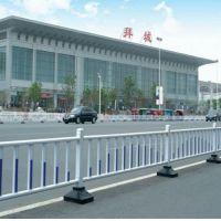 道路隔离栏规范 鲁恒 道路隔离栏配件 城市道路隔离栏规范