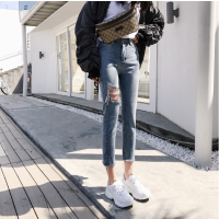 韩版女士裤子清货低价小脚裤摆地摊尾货牛仔裤几元时尚女装牛仔裤批发