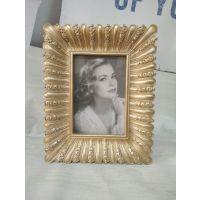 生产创意金色树脂相框摆台挂墙画框组合客厅照片墙婚纱照装饰品