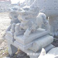 山东厂家直销大理石麒麟 大型石雕 石雕麒麟 工艺品摆件
