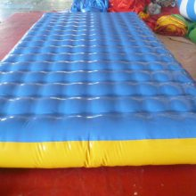 室内水上充气气垫床 加厚PVC环保材料趣味拔河比赛气包