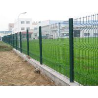 ?广东深圳高速桥梁隔离网边框围栏厂家直销桃型柱护栏厂