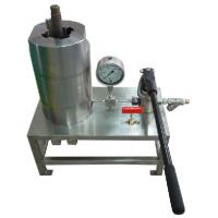 """深圳鱼卵加压试验设备,采用 """"特力得""""手动泵,可得到稳定的压力源"""