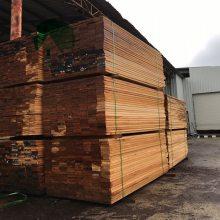 陕西菠萝格木材 西安菠萝格圆柱 西安菠萝格防腐木工程材料厂家直销