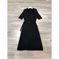 1580365外贸原单V领翻领系带气质针织剪裁几何格纹长款连衣裙