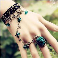黑玫瑰花朵复古蕾丝手链戒指一体链性感夜店串珠晚礼服配饰女