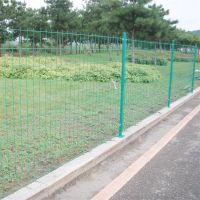 道路护栏网 桃型柱围栏网 护栏网生产厂家