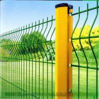 桃型柱护栏网 三角折弯护栏网厂家定做 小区围栏