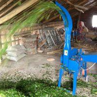 新型高喷青贮饲料铡草机 养殖场专用牛羊饲料铡草机