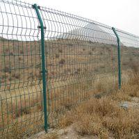 南宁桃型柱护栏网 漳州太阳能隔离网 优质护栏网现货