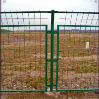 混凝土防护栏栅 包塑钢丝焊接网 框架铁丝护栏网墙厂家