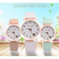 新款热卖 欧美时尚流行简约数字小熊儿童学生手表 时装女表批发