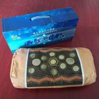 品名:水晶玉枕 全国零售价: 698元 尺码:43*23cm 说明: 水晶玉枕在传统