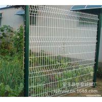 【专业生产】桃形立柱护栏网、三折弯护栏网、小区护栏网、浸塑护