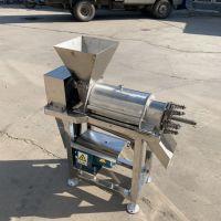 LQ-1.5t桑葚自动榨汁机 不锈钢材质螺旋桃子榨汁机 菠萝压榨机鲁强机械