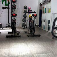 北京健身房装修环保耐磨石塑片材地板生产厂家