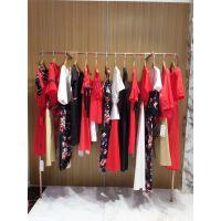 供应服装店在哪里进货女装外套批发广州品牌折扣女装