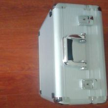 铝箱定做厂家-合肥鑫达雅(在线咨询)-合肥铝箱