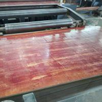 木模板价格 无中间环节 周转次数高 表面光滑平整易脱模 一手价