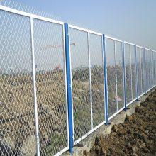 河北折弯护栏网厂家定做三角折弯围网小区防护网价格