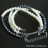 厂家定制各种款式塑料珠子手链.可自由搭配