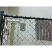 朋英厂家销售 勾花护栏网 物园围栏浸塑铁丝围栏网