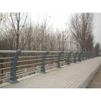 山东人行道护栏,人行道隔离栏的价格怎么样?