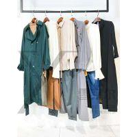 法国知名品牌折扣女装店奥思丁货源哪家好到广州雪莱尔多种款式新款组货包