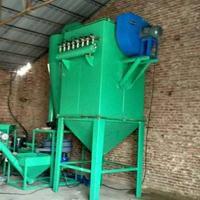 塑钢板材磨粉机应对市场风起云涌