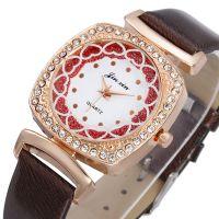 新款现货韩版时尚镶钻方形手表女款 品牌桃心女士皮带表批发厂家