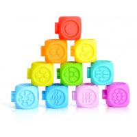 义乌泓智搪胶宝宝牙胶可咬3D益智搪胶浮雕积木戏水积木捏捏叫发声