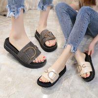 拖鞋女夏外穿中跟韩版新款平底时尚亮片凉拖厚底松糕鞋休闲一字拖