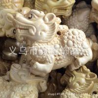 手工雕刻纯天然原木项饰招财貔貅 麒麟 知足常乐 黄金袋项链吊坠