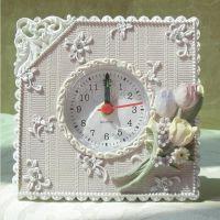 欧佰纳家居饰品 创意钟表 树脂挂钟 田园新款小闹钟厂家供应混批