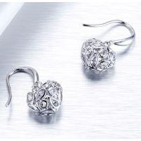 伊泰莲娜品牌电镀铜耳钉女式 s925纯银微镶锆石爱心耳饰高端外贸银饰品定制