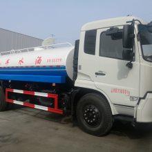 东风天锦洒水车8.9吨,康明斯4缸发动机,