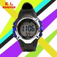 新品宝来626青少年儿童运动手表户外多功能防水电子手表夜光表