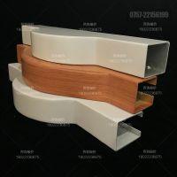 上海铝方通定制 咖啡厅木纹弧形背景墙造型设计
