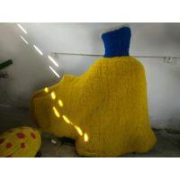 白马王子公主绿雕价格批发基地 蜗牛雕塑