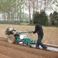 厂家热销植保地膜覆盖机 圣鲁牌农用喷药覆膜机