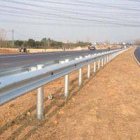 博尔塔拉公路波形护栏-通程护栏板(推荐商家)